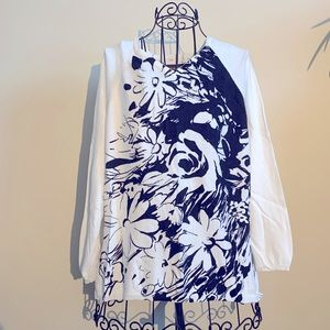 Black & White Large Floral V-Neck Sweater